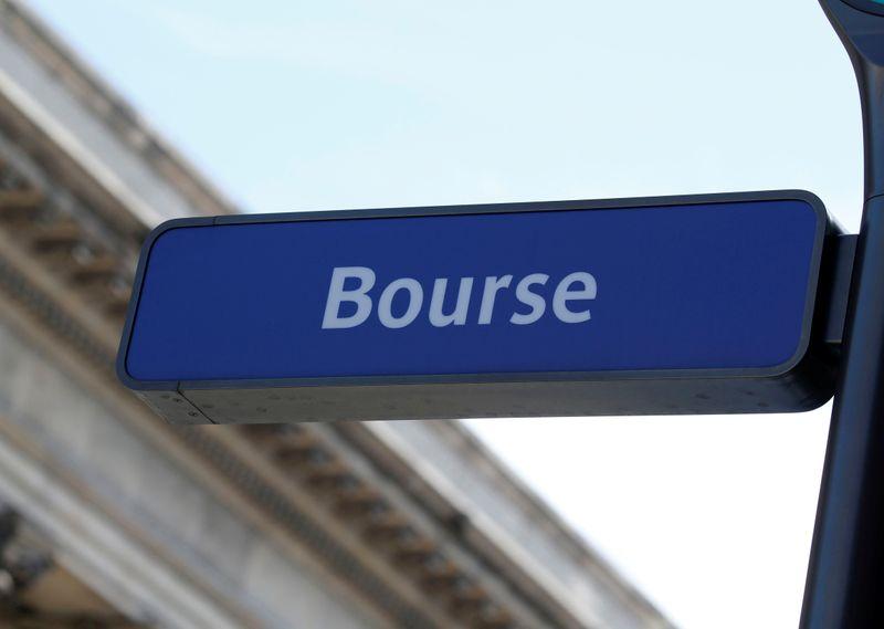 © Reuters. LES BOURSES EUROPÉENNES EN BAISSE EN DÉBUT DE SÉANCE