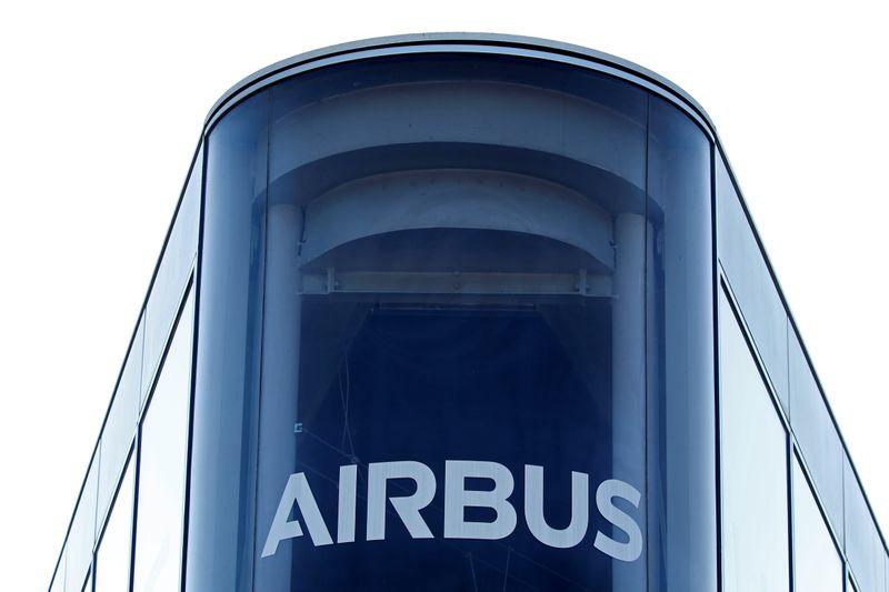 © Reuters. AIRBUS REPOUSSE SON OBJECTIF DE DÉVELOPPEMENT DES SERVICES