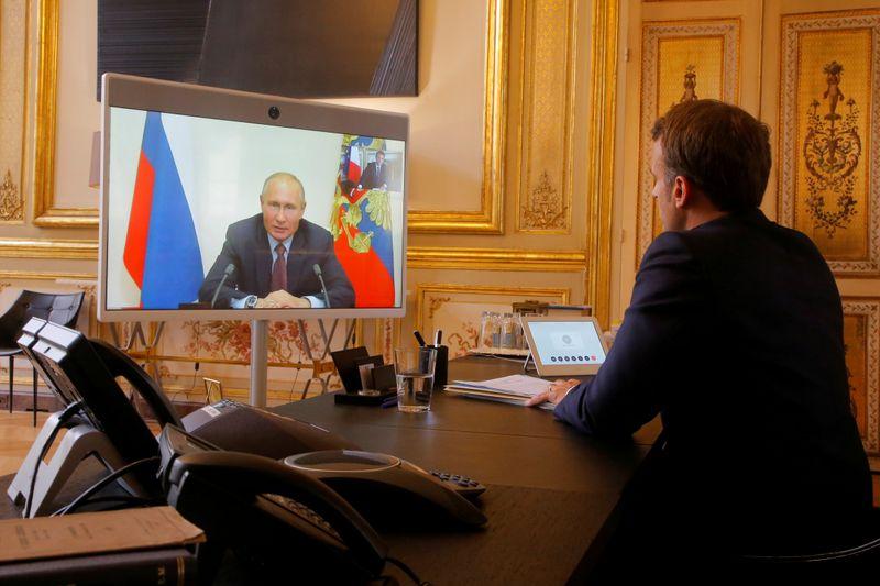 © Reuters. EMMANUEL MACRON SE RENDRA PROCHAINEMENT EN RUSSIE