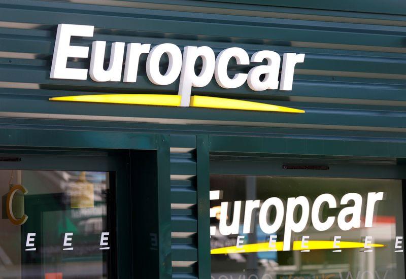 © Reuters. EUROPCAR CREUSE SES PERTES AU 2E TRIMESTRE, ÉTUDIE TOUTES LES OPTIONS
