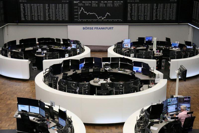 © Reuters. LES BOURSES EUROPÉENES FERMENT EN BAISSE
