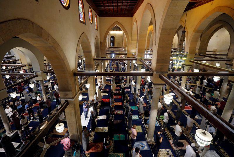 © Reuters. LA MOSQUÉE AL AZHAR APPELLE À CRIMINALISER LES ACTES ANTI-ISLAM