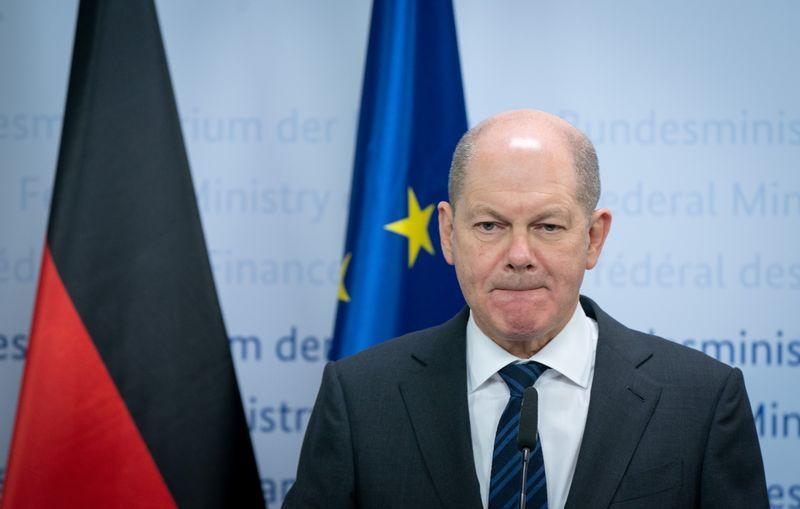 © Reuters. ACCORD DES MINISTRES DE LA ZONE EURO SUR UNE RÉFORME DU MES POUR SOUTENIR LES BANQUES