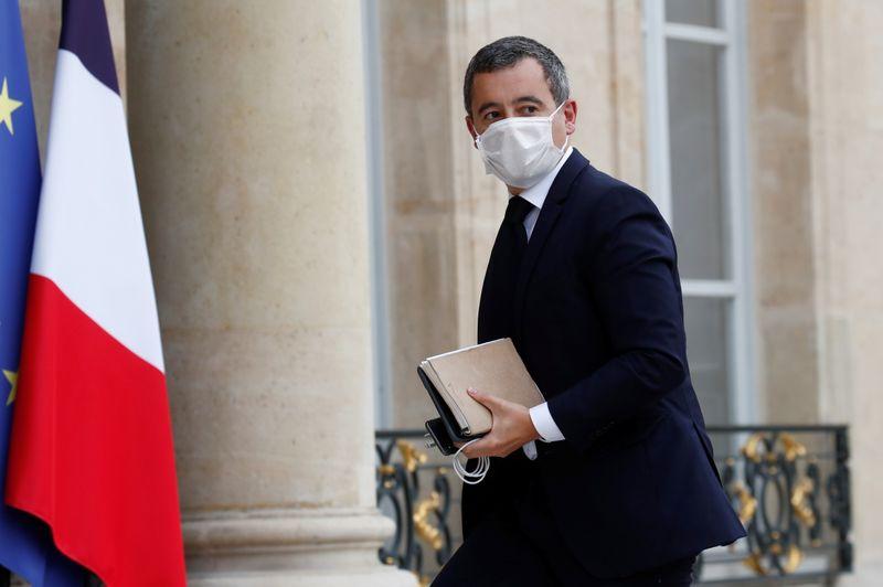 © Reuters. FRANCE: DARMANIN A RÉCLAMÉ UNE ENQUÊTE SUR L'ÉVACUATION DE MIGRANTS À PARIS