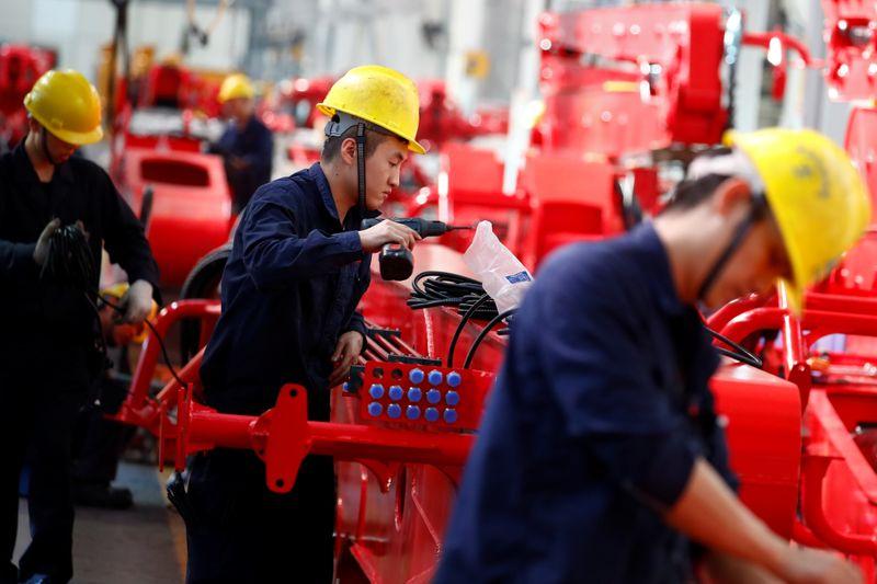© Reuters. CHINE: LA PRODUCTION INDUSTRIELLE A PROGRESSÉ PLUS QU'ATTENDU EN OCTOBRE