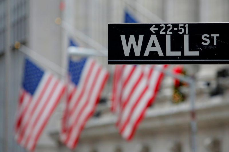 © Reuters. LA BOURSE DE NEW YORK FINIT EN ORDRE DISPERSÉ