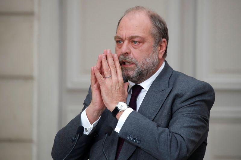 © Reuters. FRANCE: FEU VERT À UNE INFORMATION JUDICIAIRE CONTRE DUPOND-MORETTI