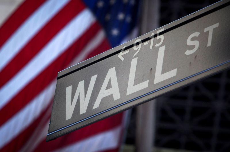 Wall Street termine en hausse, rebond des technologiques