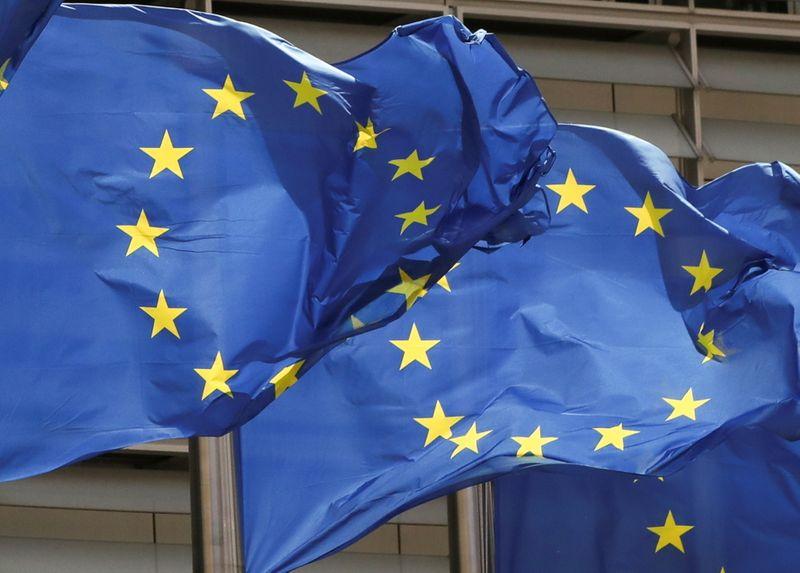 Les Vingt-Sept approuvent l'allègement des restrictions sur les voyages