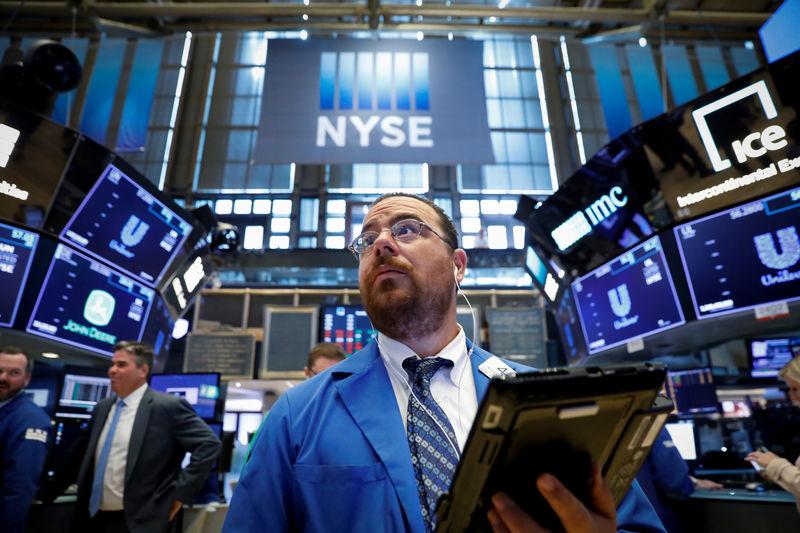 Le S&P 500 chute en raison de la baisse des services publics et de l'énergie