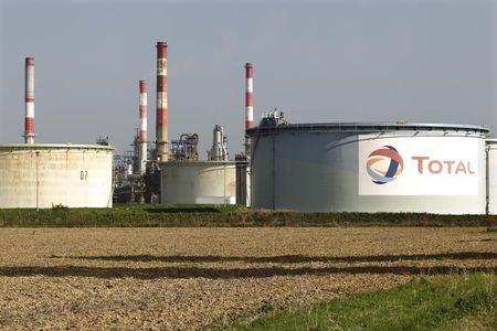 Le gaz flambe et le charbon revient malgré la transition vers des énergies propres