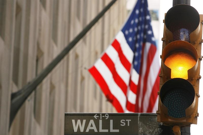 États-Unis: Les marchés actions finissent en baisse; l'indice Dow Jones Industrial Average recule de 0,94%